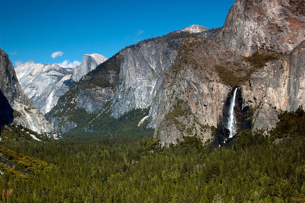 Yosemite National Park, Tunnel View. Looking at Bridalveil Falls and Half Dome in the background