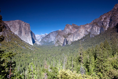 Tunnel View, Yosemite National Park. I would have paid good money for some decent clouds. But we take what we can get.